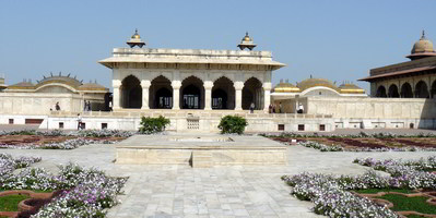 Agra fort - khas mahal with angoori bagh