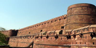 Agra fort - outside walls